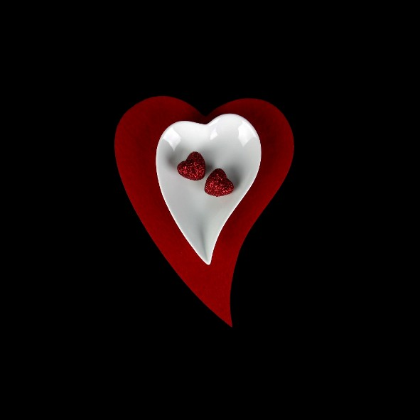 Heart shaped plate modern 12 cm