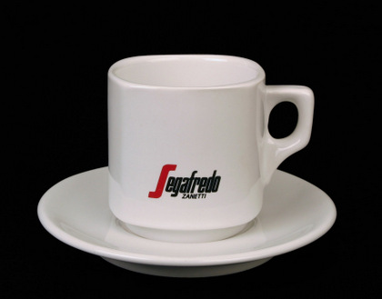 Logobeispiel für Vignettendruck auf Kaffeetasse