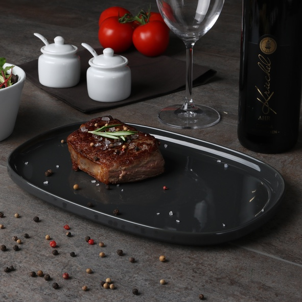 Steakplatte 30 cm rechtecktig, grau, hoher Rand