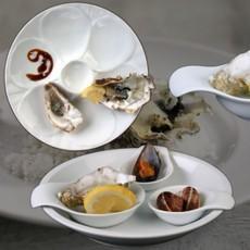 Austern servieren