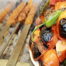 Geschirr für türkische Restaurants