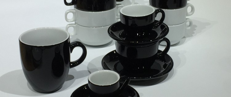 Schwarze Porzellantassen Black Collection günstig kaufen!
