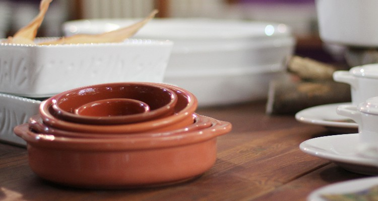 Ceramic Bowls-buy competently and for a good price!
