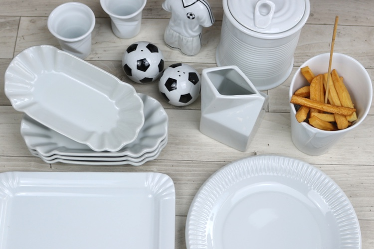 Buy Fun and Function porcelain competent and for a good price!