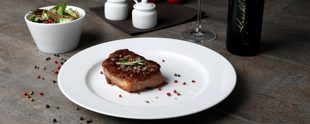 Classic Dining Plates-buy competently and for a good price!