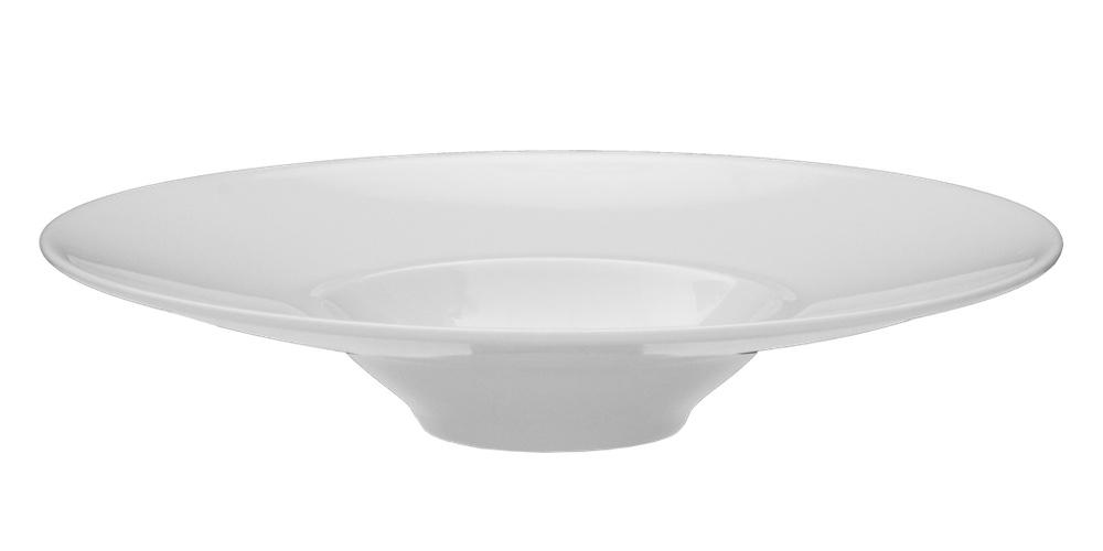 Deep plate in high alumina porcelain.