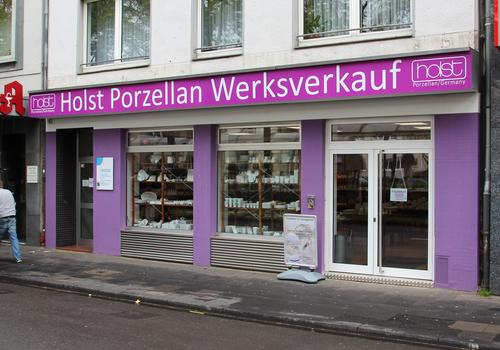Außenansicht des Holst Porzellan Werksverkaufs Köln